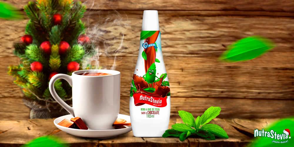 Endulza tu chocolate caliente con NutraStevia Líquida